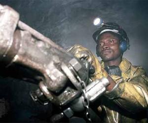 mining in Zim.jpg